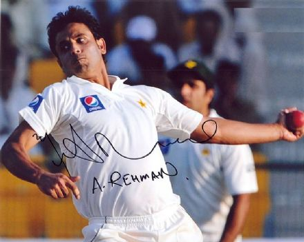 Abdur Rehman, Pakistan, signed 10x8 inch photo.